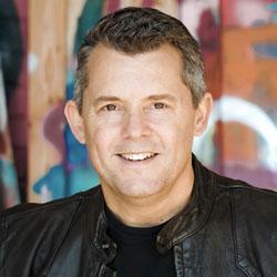 Photo of Simon Niblock