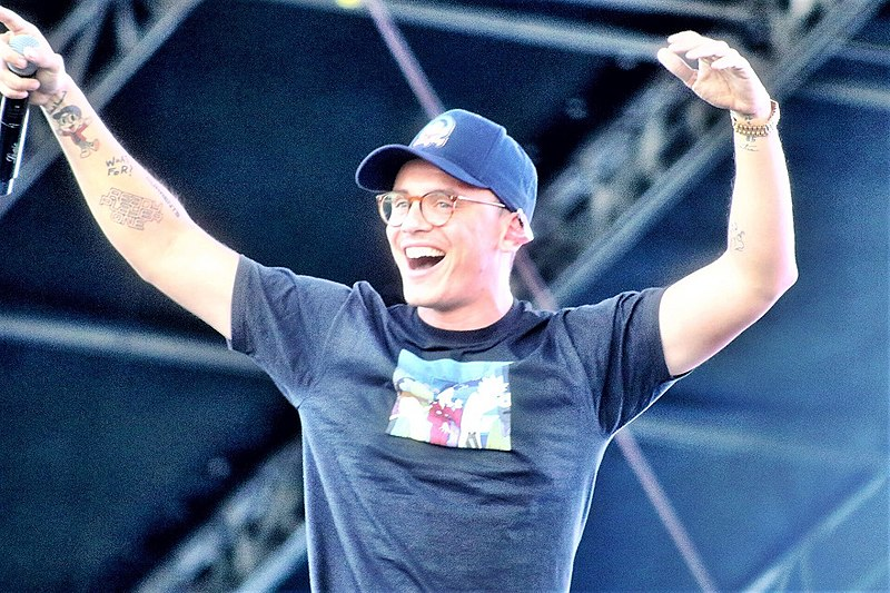 Rapper Logic on Stage