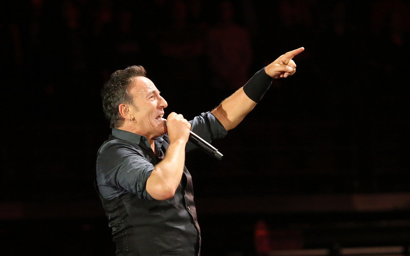 Bruce Springsteen points to crowd