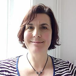 Photo of Dr. Laura Sanger